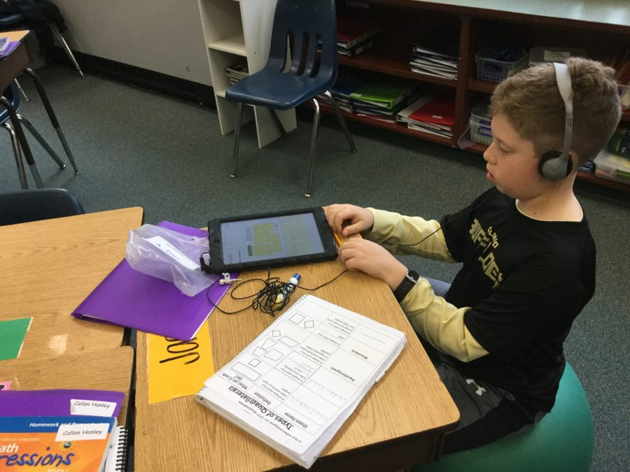 4th grade student engaged in personalized learning